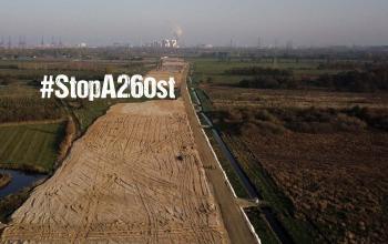 Luftbild der Baustelle der A26 West, die bereits jetzt den Moorgürtel im Hamburger Süden zerschneidet.